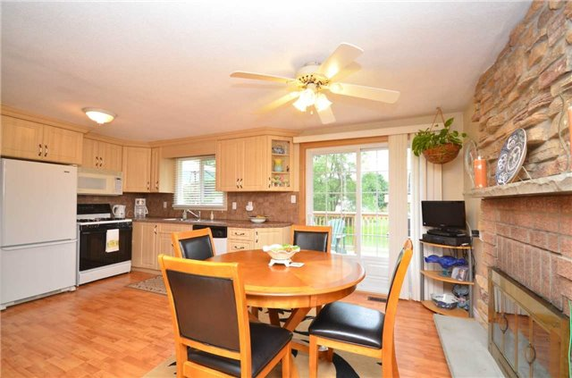 Detached at 82 Fifth St, Brock, Ontario. Image 16