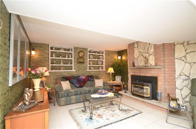 Detached at 82 Fifth St, Brock, Ontario. Image 6