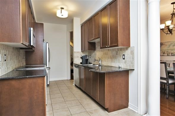 Link at 26 Brumstead Dr, Richmond Hill, Ontario. Image 16