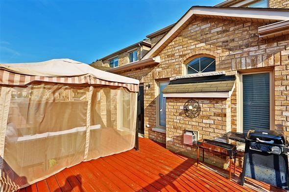 Link at 26 Brumstead Dr, Richmond Hill, Ontario. Image 8