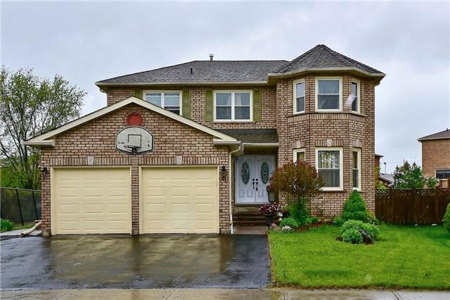 Detached at 88 Nelson Circ, Newmarket, Ontario. Image 1