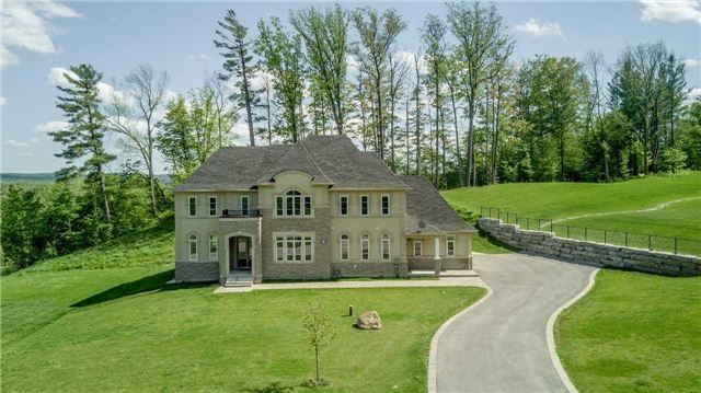 Detached at 197 Nottingham Forest Rd, Bradford West Gwillimbury, Ontario. Image 1