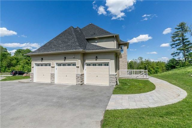 Detached at 197 Nottingham Forest Rd, Bradford West Gwillimbury, Ontario. Image 12