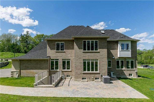 Detached at 197 Nottingham Forest Rd, Bradford West Gwillimbury, Ontario. Image 14