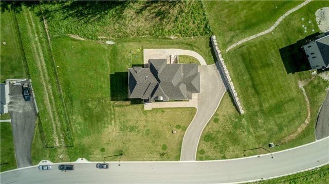 Detached at 197 Nottingham Forest Rd, Bradford West Gwillimbury, Ontario. Image 13