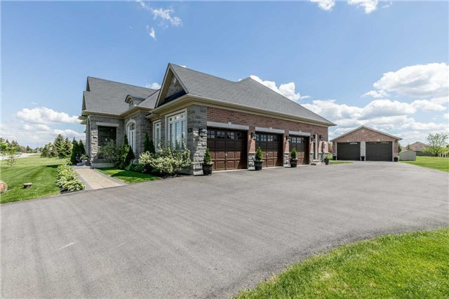 Detached at 20 Golfview Blvd, Bradford West Gwillimbury, Ontario. Image 12