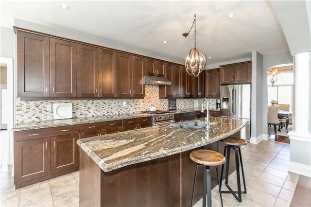Detached at 20 Golfview Blvd, Bradford West Gwillimbury, Ontario. Image 18