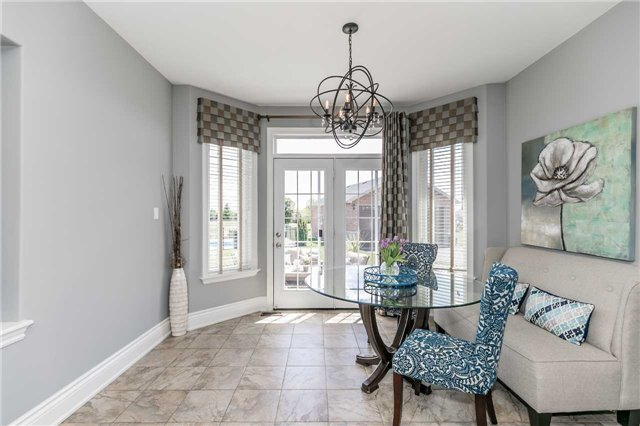 Detached at 20 Golfview Blvd, Bradford West Gwillimbury, Ontario. Image 19