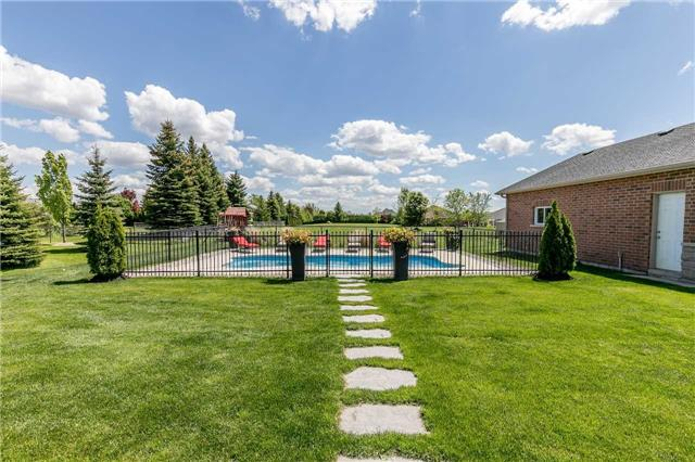 Detached at 20 Golfview Blvd, Bradford West Gwillimbury, Ontario. Image 10