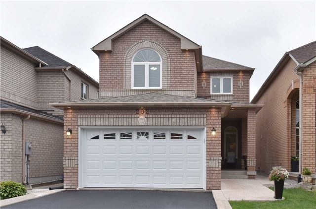 Detached at 202 Sylwood Cres, Vaughan, Ontario. Image 1