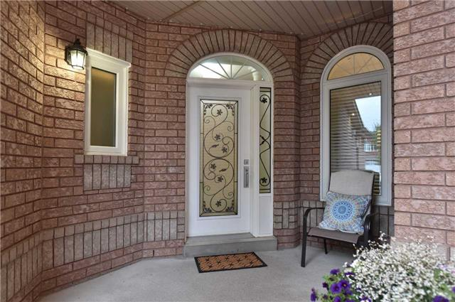 Detached at 202 Sylwood Cres, Vaughan, Ontario. Image 12