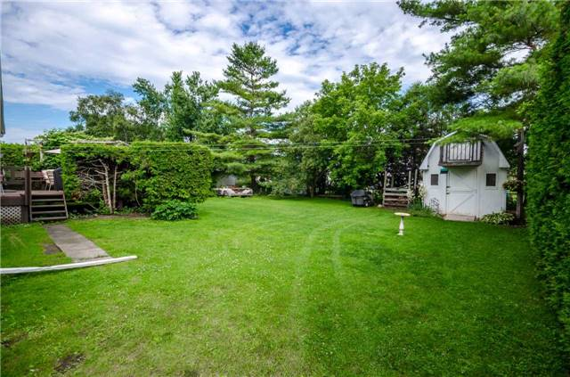 Detached at 218 Newholme Circ, Innisfil, Ontario. Image 8