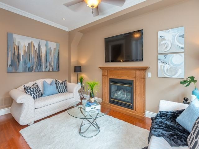 Detached at 13 Manorpark Crt, Markham, Ontario. Image 15
