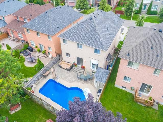 Detached at 13 Manorpark Crt, Markham, Ontario. Image 13
