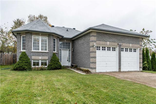 Detached at 2258 Mildred Ave, Innisfil, Ontario. Image 1