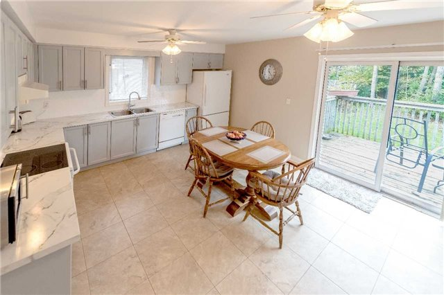 Detached at 2258 Mildred Ave, Innisfil, Ontario. Image 11