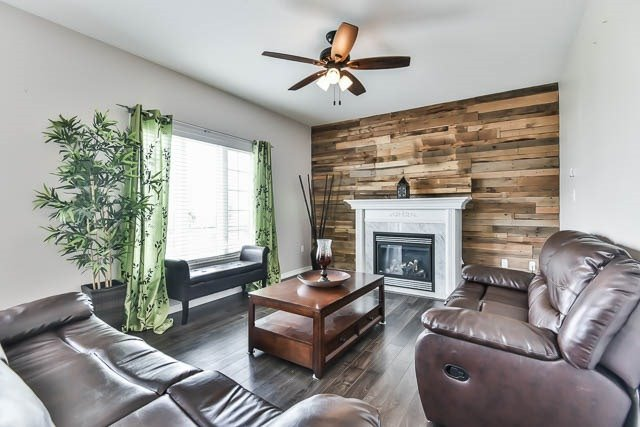 Detached at 2060 Mcneil St, Innisfil, Ontario. Image 15