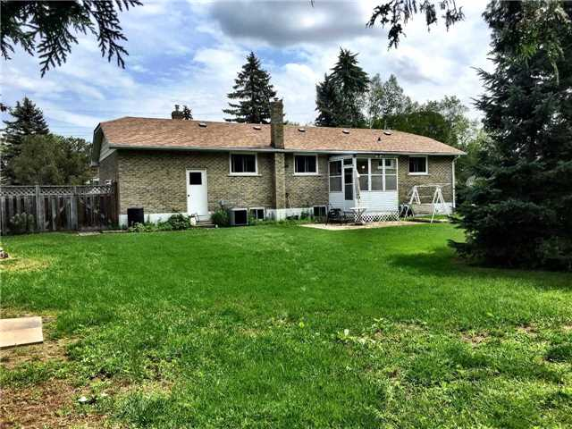 Detached at 36 Griffith Ave, Georgina, Ontario. Image 2