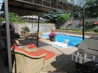 Detached at 30 O'connor Cres, Richmond Hill, Ontario. Image 12