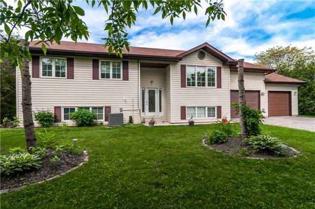 Detached at 3772 West St, Innisfil, Ontario. Image 1