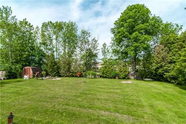 Detached at 3772 West St, Innisfil, Ontario. Image 6