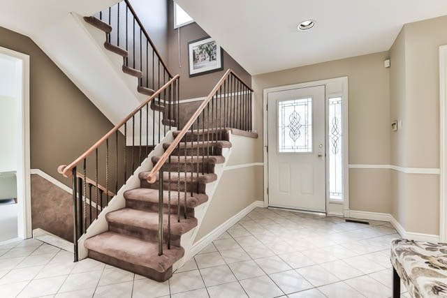 Detached at 44 Liebeck Cres, Markham, Ontario. Image 12