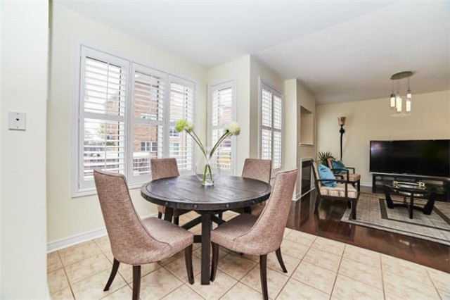 Detached at 19 Horsedreamer Lane, Whitchurch-Stouffville, Ontario. Image 17