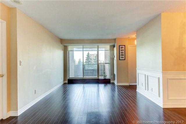 Condo Apartment at 33 Weldrick Rd E, Unit 412, Richmond Hill, Ontario. Image 20