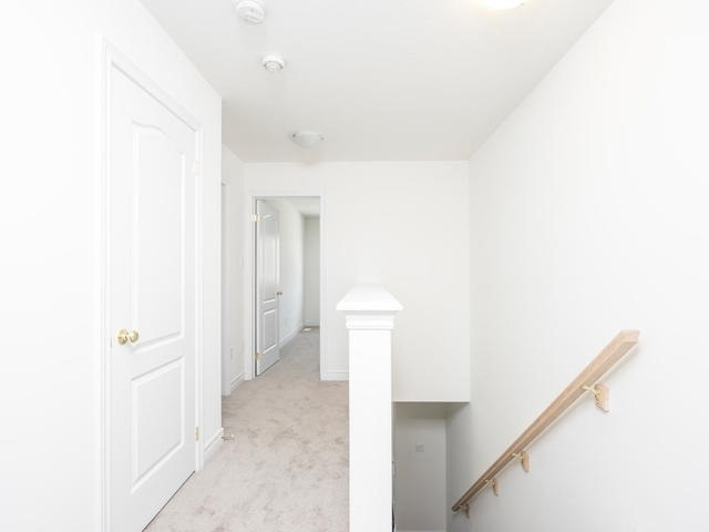 Townhouse at 143 Hutchinson Dr, New Tecumseth, Ontario. Image 6