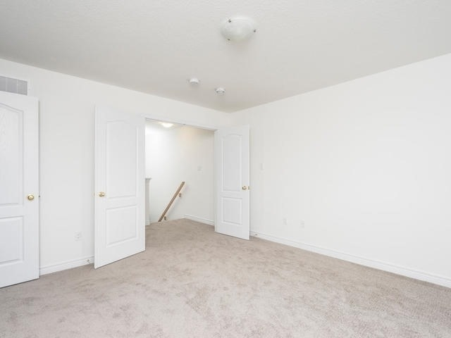 Townhouse at 143 Hutchinson Dr, New Tecumseth, Ontario. Image 8