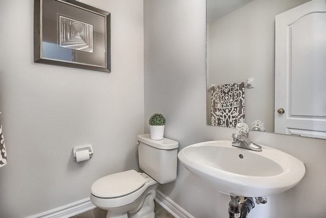 Townhouse at 175 Walkerville Rd, Markham, Ontario. Image 18