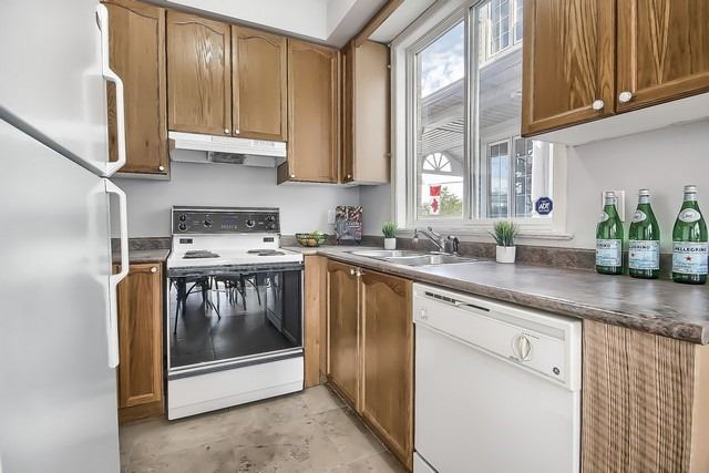 Townhouse at 175 Walkerville Rd, Markham, Ontario. Image 20