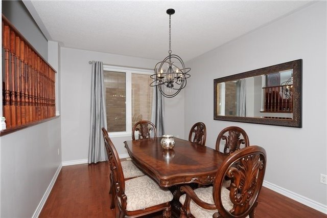 Detached at 7 Clamerten Rd, Whitchurch-Stouffville, Ontario. Image 16