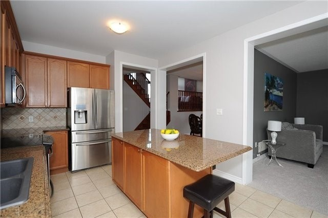 Detached at 7 Clamerten Rd, Whitchurch-Stouffville, Ontario. Image 19