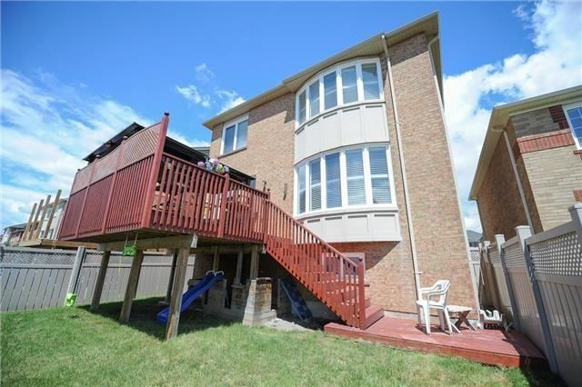 Detached at 7 Clamerten Rd, Whitchurch-Stouffville, Ontario. Image 11