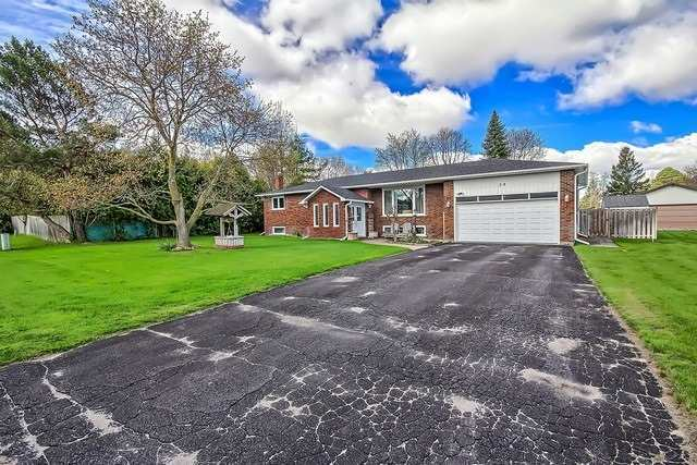 Detached at 28 Delta Cres, East Gwillimbury, Ontario. Image 12