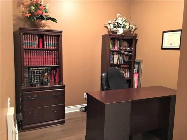 Condo Apartment at 23 Cox Blvd, Unit 260, Markham, Ontario. Image 10