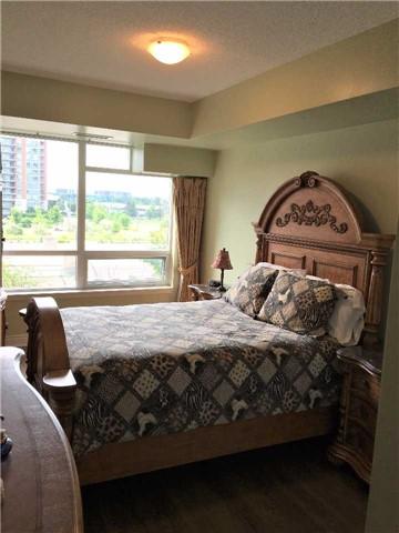 Condo Apartment at 23 Cox Blvd, Unit 260, Markham, Ontario. Image 11