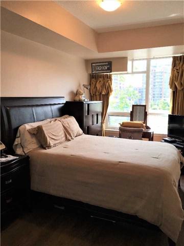 Condo Apartment at 23 Cox Blvd, Unit 260, Markham, Ontario. Image 12