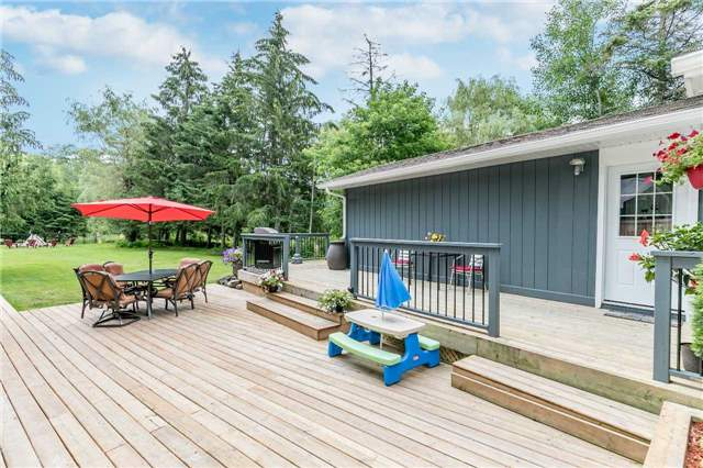 Detached at 43 Nicholson Dr, Uxbridge, Ontario. Image 12