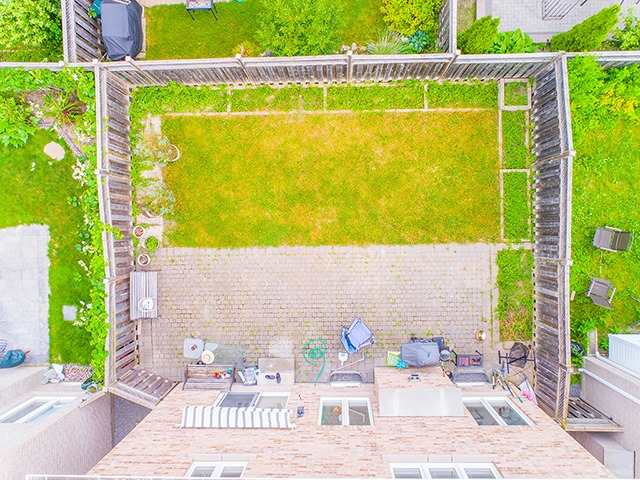 Detached at 160 Alfred Smith Way, Newmarket, Ontario. Image 10
