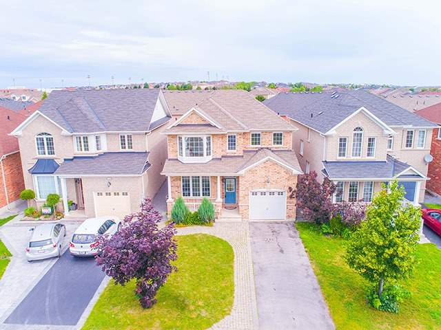 Detached at 160 Alfred Smith Way, Newmarket, Ontario. Image 11
