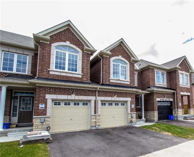 Townhouse at 85 Walter Sinclair Crt, Richmond Hill, Ontario. Image 1
