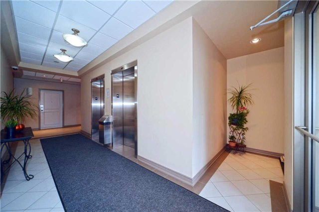 Condo Apartment at 9973 Keele St, Unit 203, Vaughan, Ontario. Image 15