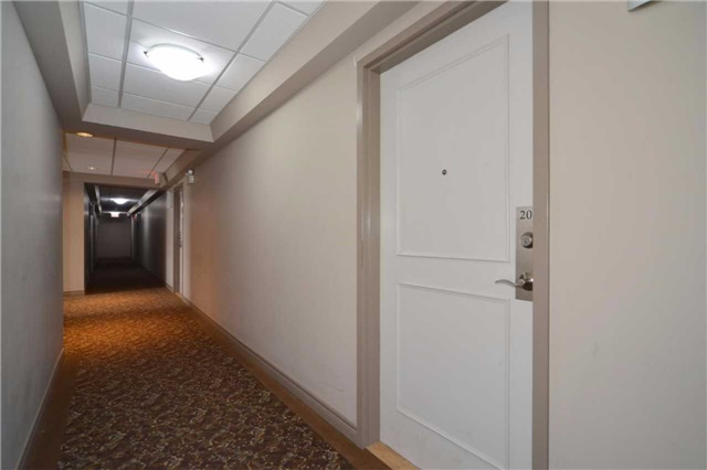 Condo Apartment at 9973 Keele St, Unit 203, Vaughan, Ontario. Image 17