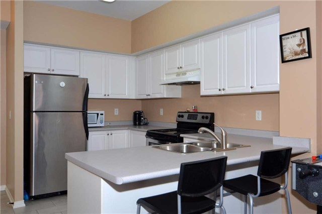 Condo Apartment at 9973 Keele St, Unit 203, Vaughan, Ontario. Image 20