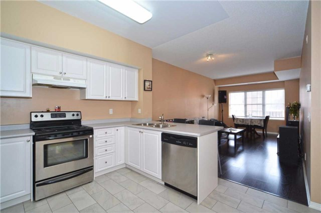 Condo Apartment at 9973 Keele St, Unit 203, Vaughan, Ontario. Image 2