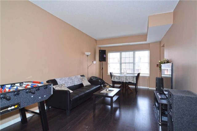 Condo Apartment at 9973 Keele St, Unit 203, Vaughan, Ontario. Image 4
