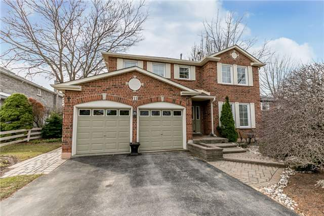 Detached at 11 Meyer Circ, Markham, Ontario. Image 1