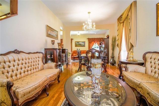 Detached at 468 Cranston Park Ave, Vaughan, Ontario. Image 12